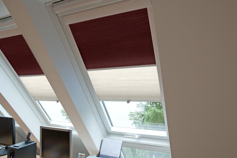 Plissees Fur Dachfenster Solarmatic Sonnenschutz Gmbh