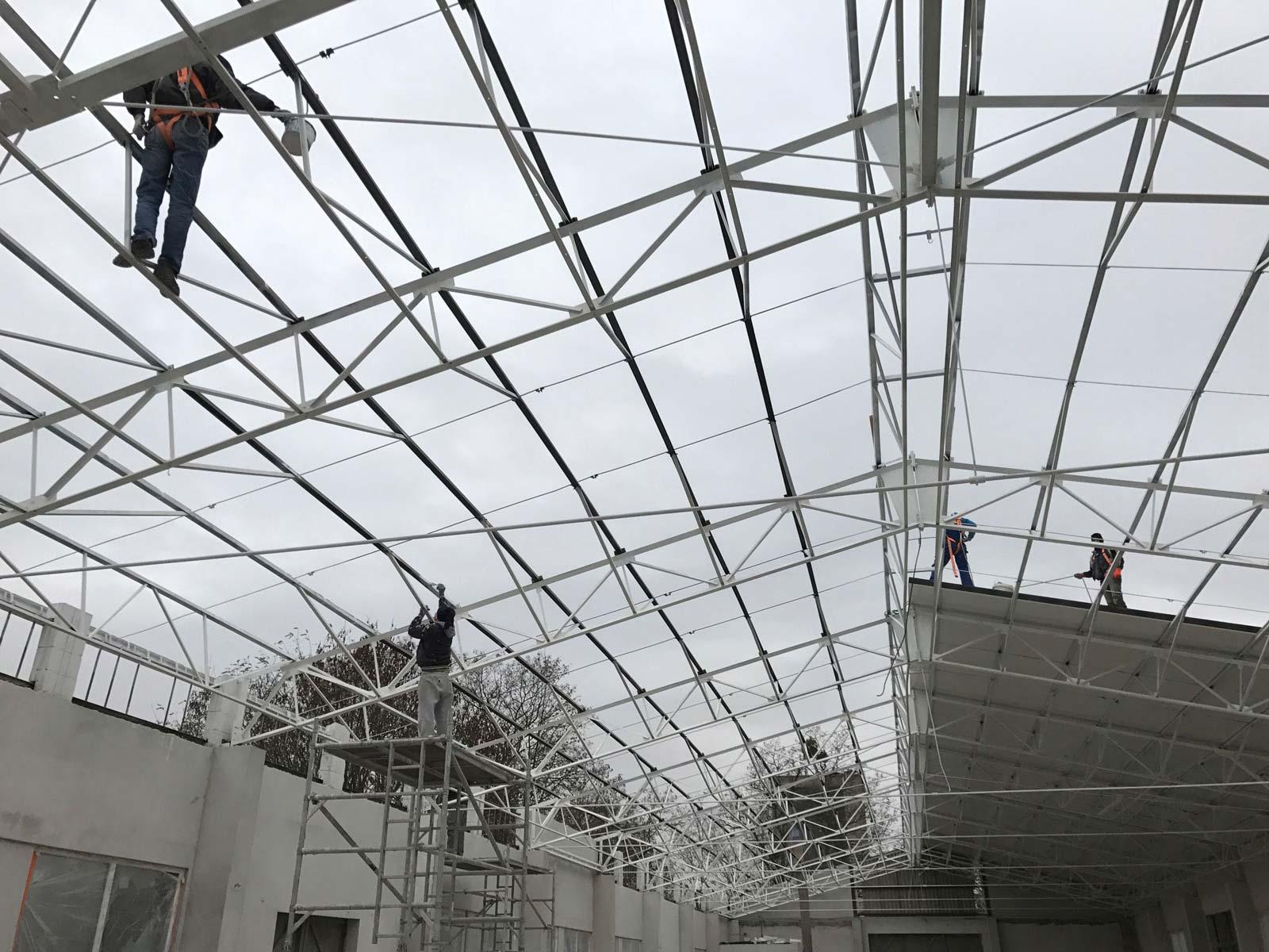neues Dach für die Halle
